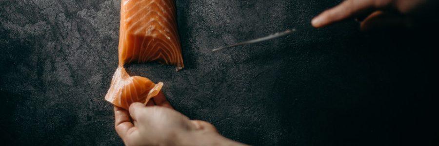 tamahagane-sushi-cutting